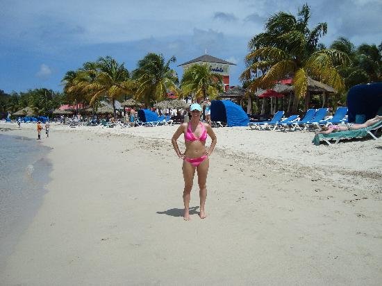 49b742d759e3 walk on the beach - Picture of Sandals Grande St. Lucian Spa   Beach ...