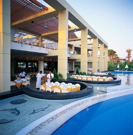 Limak Atlantis Deluxe Hotel & Resort : Italian