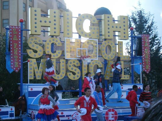 Disneyland Park: High School Musical Parade which we didnt know was on that day just by chane we caught it!!