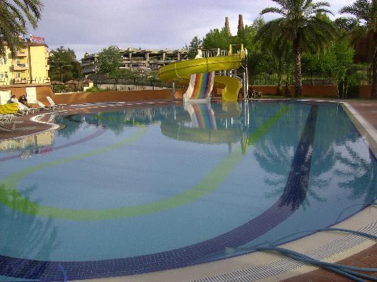 Palm d'Or: piscine