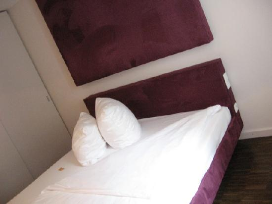 H'Otello H'09: My room