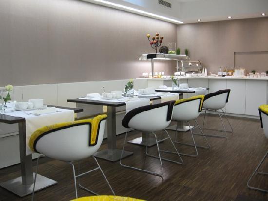 H'Otello H'09: Breakfast area