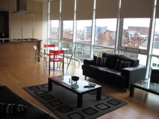 Glasgow Loft Apartments Living Room