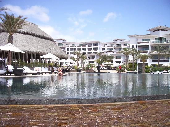 Cabo Azul Resort: View of the Pools