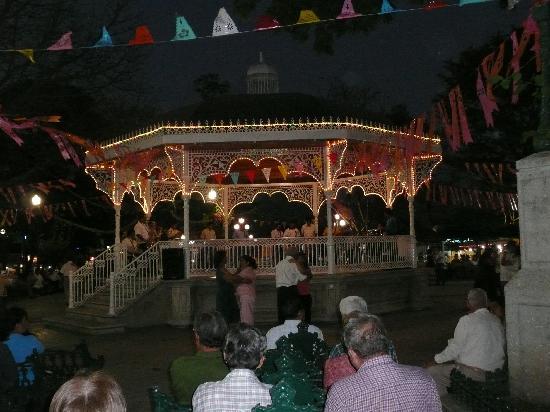 Holiday Inn Tuxtla Gutierrez: Parque de Marimba