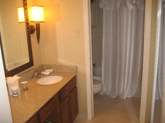 Homewood Suites by Hilton Boulder: Bathroom