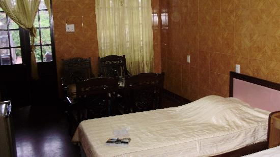 Phu Thinh 1 Hotel: Before the mess 2