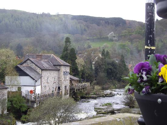 Gales, UK: llangollen and river dee