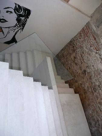 Hotel Casa Lola: Stairs