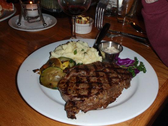 Steamers Steak and Seafood Restaurant : A great Steamer's Steak