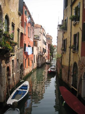 Those are the Locanda San Barnaba's balconies, down the canal on the left