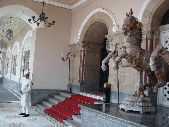 Vivanta by Taj - President, Mumbai: Sister Taj