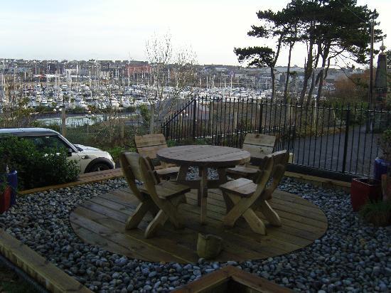 Auld Pickie Bed & Breakfast: Panorama sulla baia e porto barche