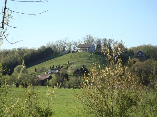 Braeside Inn: House on the hill