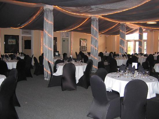 Ryde Hotel: wedding reception ballroom