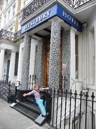 Westbury Hotel Kensington: Welcome to the Westbury! Family friendly...