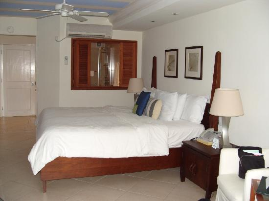 Mango Bay All Inclusive: View of the bedroom