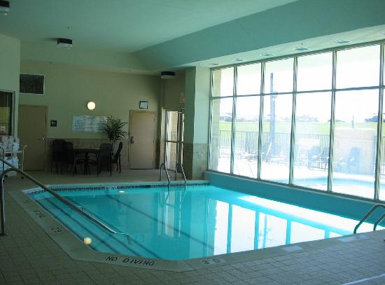 Drury Inn & Suites Indianapolis Northeast: Indoor Pool