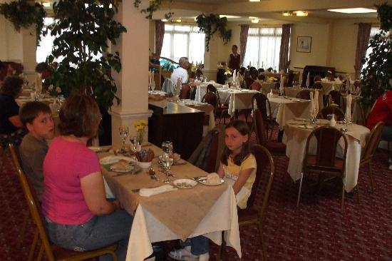 Norfolk Lodge Hotel: The restaurant