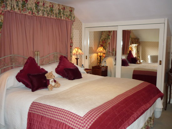 Apsley House Hotel : Ahh the bedroom
