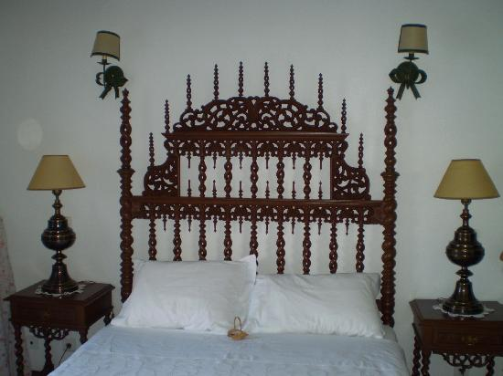 Casa de Sao Tiago do Castelo : bed