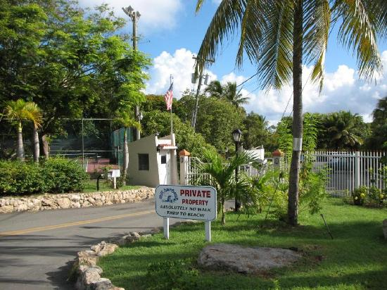Mill Harbour Beach Resort: Gated Entry