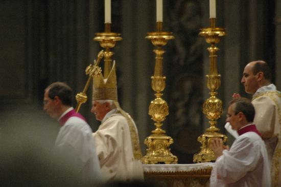 Love4adventure Tours: Easter Vigil @ St. Peter's Basillica II