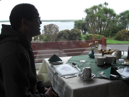 Torann Na Dtonn: Breakfast View