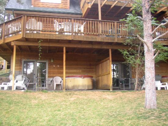 Coyote Blues Village Bed & Breakfast: Our porch and hottub