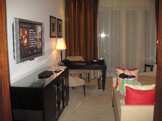 Grosvenor House Dubai: room