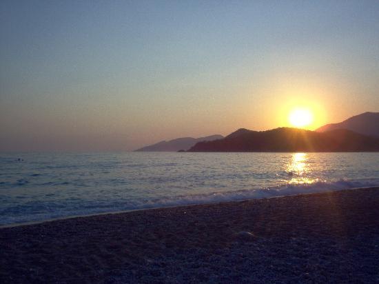 ‪‪Hotel Meri‬: oludeniz beach, amzing sunsets‬
