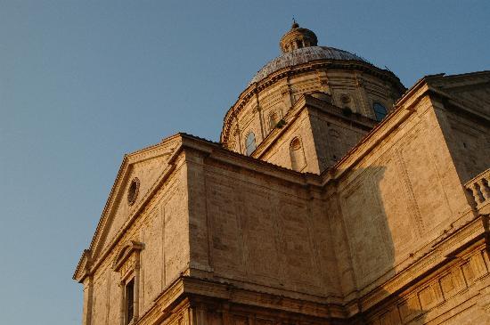 Relais San Bruno: Chiesa di San Biagio...  a pochi metri dal relais