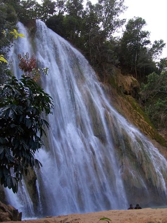 Santa Barbara de Samana, Dominican Republic: El Limon waterfall