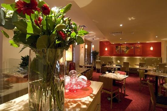 Premier Inn Chester City Centre Hotel: restaurant
