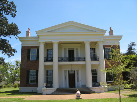 Natchez, MS : Inside and out, Melrose looks much like it did under its original owners.