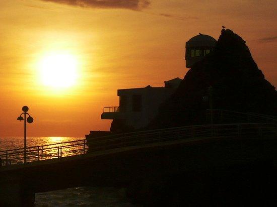 Lima, Pérou : otro atardecer en la playa