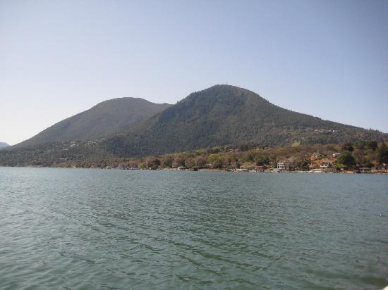 Ferndale Resort & Marina: Lake