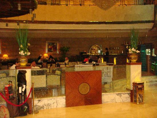 Jingmin Central Hotel: entrance