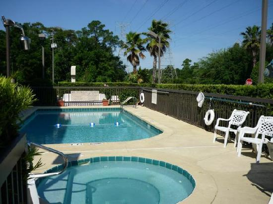 Hampton Inn DeBary/Deltona: Hampton Inn Debary - Swimming Pool Area