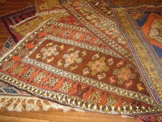 Anzac Golden Bed Pansiyon: Which carpet is irresistible?