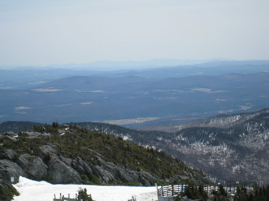 Jay Peak Resort : Note Mt Washington & Burke Mtn in distance