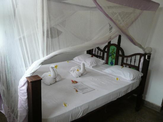 Zenji Hotel: Our bed