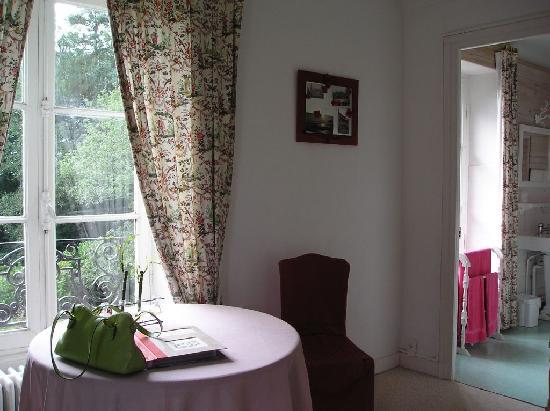 Le Manoir de Kerlebert: Our Room in Manoir de Kerlebert