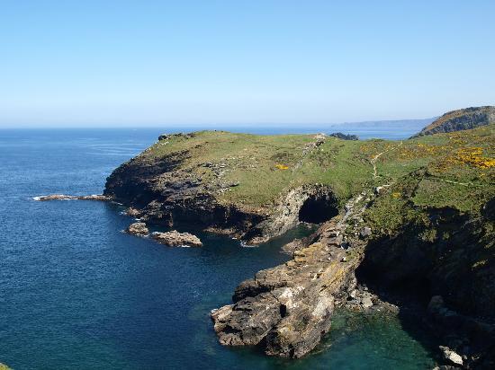 Kallacliff Hotel: Tintagel coastline