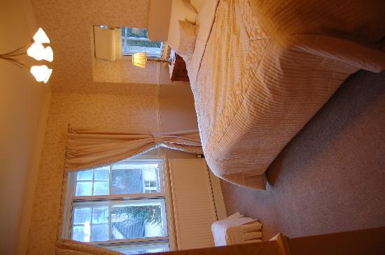 Dalgreine Guest House : inifrån vårat rum