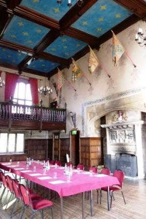 Redworth Hall Hotel: baronial hall
