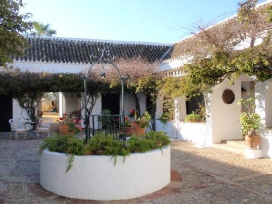 Hacienda de San Rafael: the courtyard