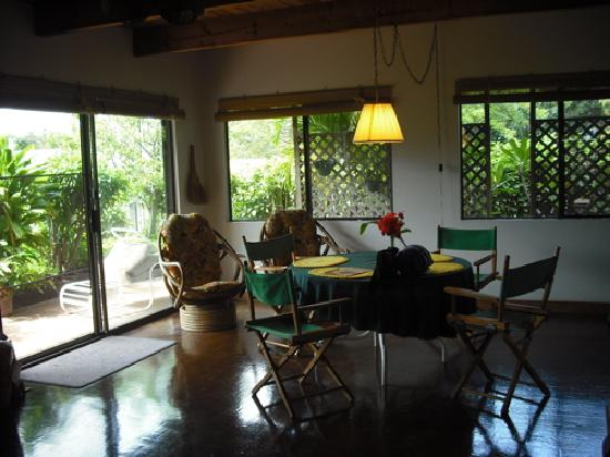 Ka Hale Mala B&B: Eating Area 1