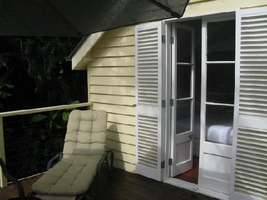 Port Douglas Cottage & Lodge: The sun deck