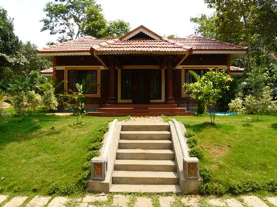 Wayanad Blooms: Beautiful view of one of the cottages!